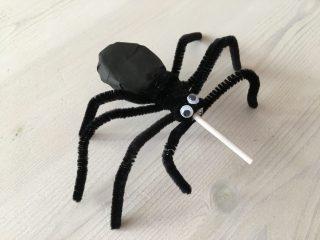 簡単工作♪蜘蛛のキャンディ🎃スパイダーロリポップの作り方♪ハロウィンのおやつやクラフトに♪クモを使ったお子様向けハロウィン英語ゲームも♪