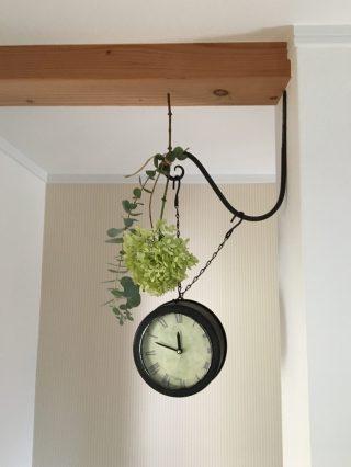 お庭のライムライトとユーカリでドライフラワーとリース作り。アナベルやライムライトを使えば失敗なし♪作りながら飾って吊るしナチュラルインテリアをたのしもう♪