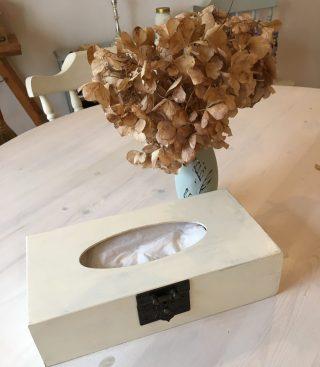 セリア(Seria)の木製ティッシュケースで手作りのオリジナルケースDIY♪シャビーシック、ナチュラルなお部屋にぴったりのティッシュケースの簡単な作り方♪