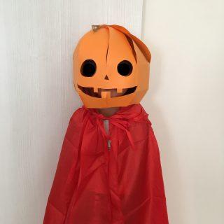 画用紙でハロウィンかぼちゃマスクの作り方♪ 簡単工作、コスチュームDIY♪ ハロウィンに手作り衣装で仮装をしよう⑥